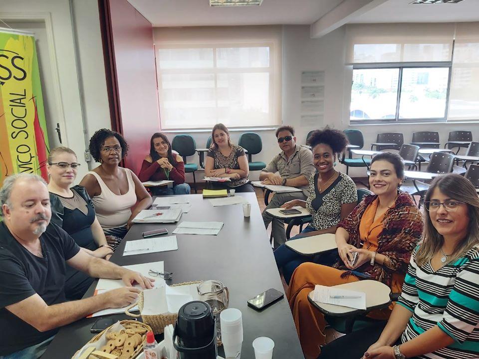 Não à terceirização dos serviços de saúde em Pouso Alegre